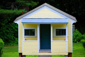 Exterior Paint Colors to Make a Small House Seem Bigger